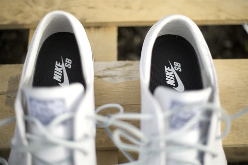 Nike Zoom Stefan Janoski SB white/white perforated leather Flatspot