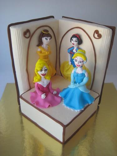 Disney Prensesleri Pastası