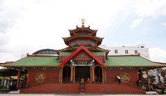 # 154 - Masjid Muhammad Cheng Ho (-Azri) Tags: canon indonesia adventure jalan surabaya azri bromo phototravel ijen