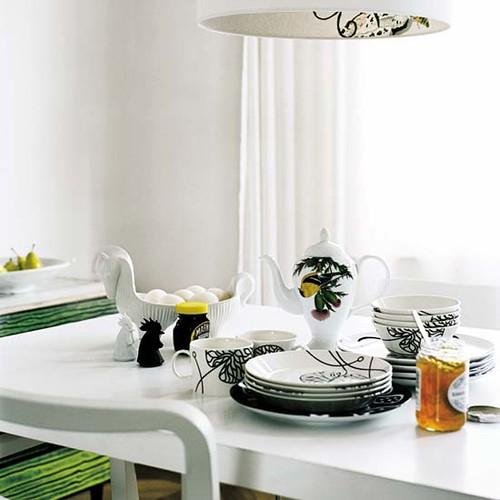 greenWhite-dining-roomjune08