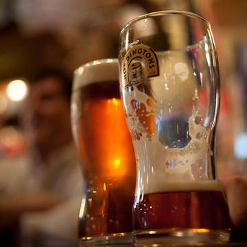 Fado Irish Pub Pint Porn -love