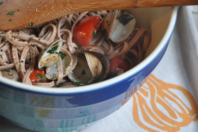 4613550647 6335115b6a z Linguine with Clams, In Gratitude