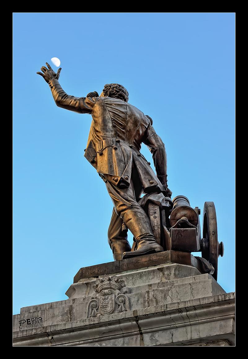 Pedro Velarde y la luna - Héroe del 2 de Mayo de 1080