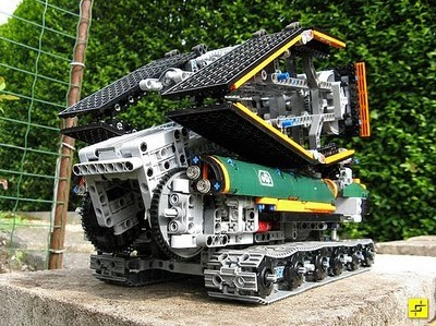 LEGO Stilzkin Bridge Launcher
