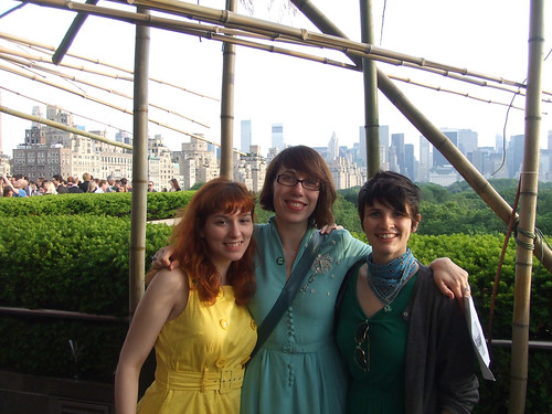 slu, erin, kara on the Met's roof