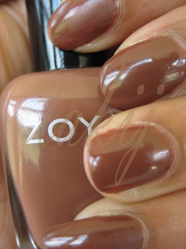 Zoya Dea
