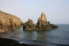South Coast of Howth (Brian Aslak) Tags: ireland howth beach beauty coast rocks europe rugged irishsea howthhead éire アイルランド binnéadair countyfingal finegall muiréireann ceannbinnéadair contaefhinegall
