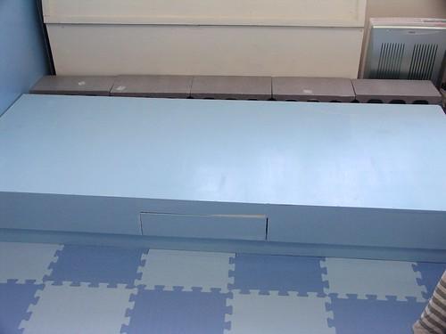 05自己漆的床架