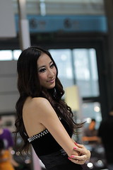 2010 Shenzhen Carshow Girls  (Leo HK 2016) Tags: auto sexy beauty canon eos 85mm autoshow chick shenzhen mm f18 18  carshow 2010  ias 500d       szautoshow