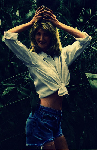 Laura bessexy