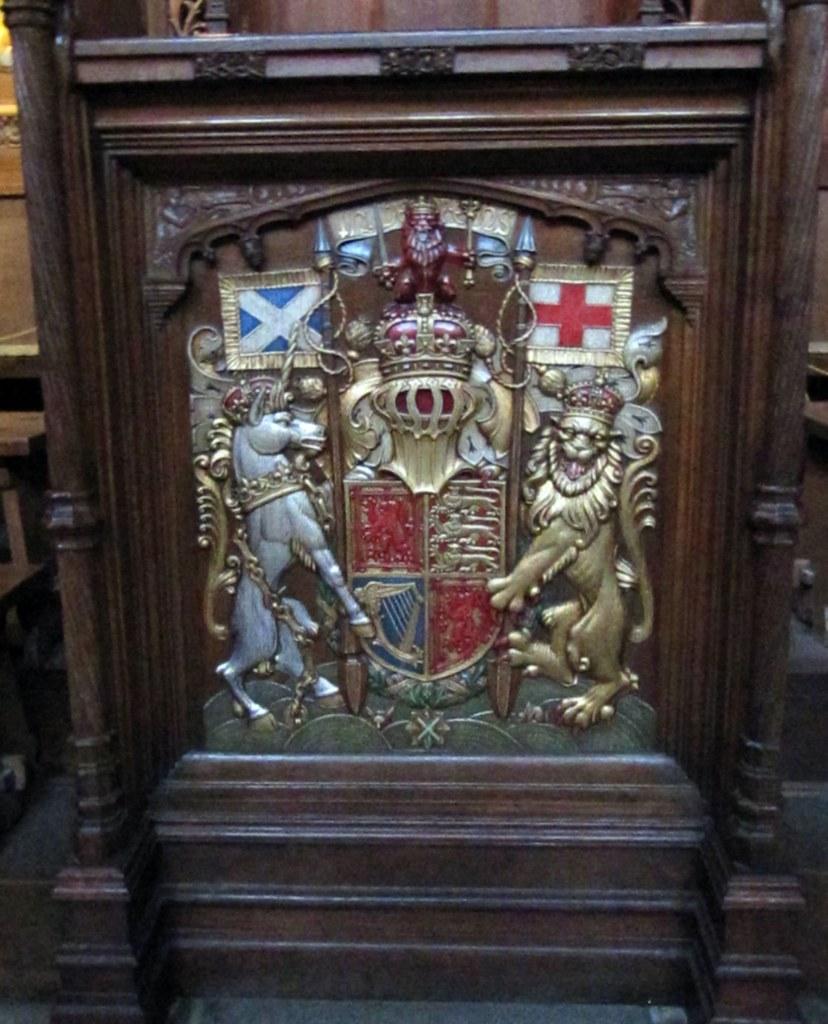 Scotland Coat of Arms - Unicorns are DANGEROUS!