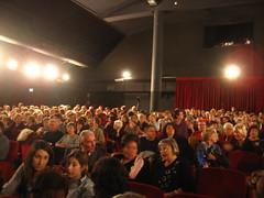 Il pubblico in sala al teatro Orazio Bobbio