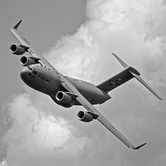 Boeing C-17 Globemaster III (Jersey JJ) Tags: boeing c17 globemaster iii usaf ang air national guard 40067 stewart international airport new york airshow show tamron nikon d750 bw blackwhite topaz on1