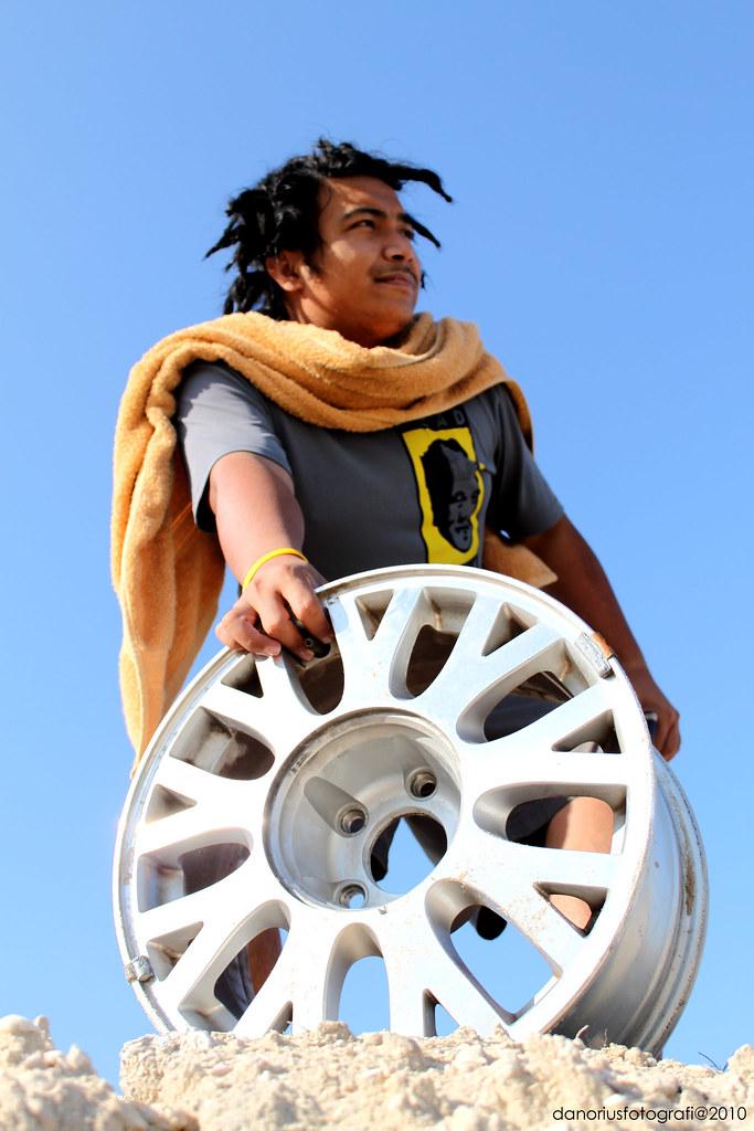money alloy mag wheel