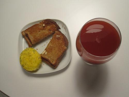 frittata, toast, tomato juice