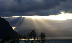 #0708 Heaven opens (Fjordblick) Tags: light sky sun mountain tree nature norway clouds landscape licht norge ray natur skandinavien norwegen himmel wolken beam berge noruega scandinavia sunrays nor landschaft sonne baum sonnenstrahlen norvegia downpour sunnmre norsk cloudburst norvge mreogromsdal sykkylven lichtstrahl magicofnature wolkenbruch bej abigfave platinumphoto anawesomeshot isawyoufirst flickrdiamond absolutelystunningscapes mygearandmepremium mygearandmesilver mygearandmegold sykkylvensunnmre dblringexcellence bestmagicofnature elitemagicofnature flickrstruereflection1 flickrstruereflection2 flickrstruereflection3 flickrstruereflection4 flickrstruereflection5