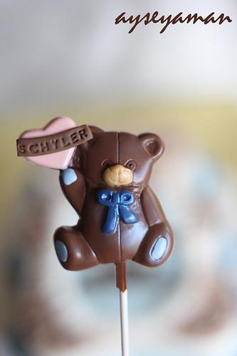 Ayicikli bebek cikolatasi