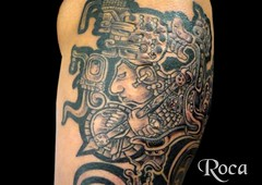 PIERNA CON DISEÑO MAYA 7 (roca tattoo studio) Tags: tattoo arte maya cultura tatuaje calendario azteca precolombino prehispanico