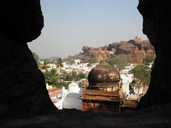 Picture 284 (Ghostface Buddha) Tags: india karnataka badami