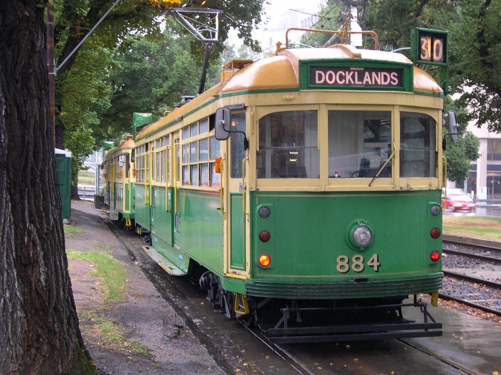 Melbourne W-Class Tram 884