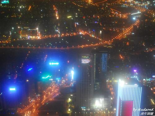 101窗外的夜景(3)