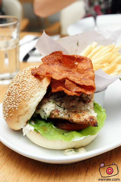 DELICIOUS-BANGSAR-VILLAGE-II-TELAWI-Grilled-Chicken-Burger