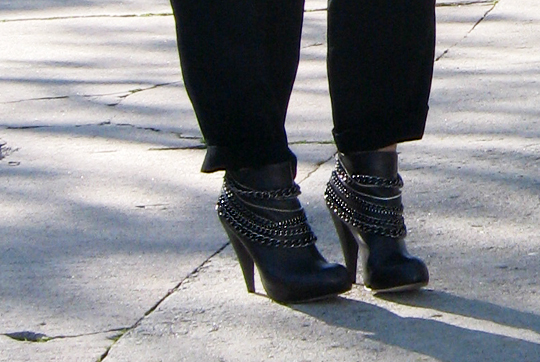 dolce vita chain booties - gray boots with chains