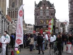 Utrecht: Campaigning for Local Elections (harry_nl) Tags: netherlands utrecht elections campaign campagne 2010 verkiezingen d66 gemeenteraad groenlinks towncouncil leefbaarutrecht