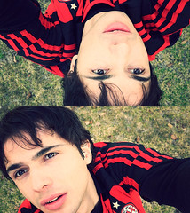 (the1stchildren) Tags: selfportrait football double kaka acmilan championsleague - 4405367874_e0f6971519_m