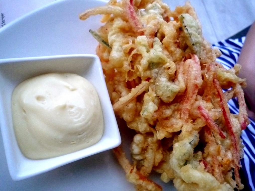 Frittelle di calamari con verdurine di stagione