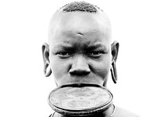 Mursi woman and lip plate - Omo Ethiopia (Eric Lafforgue) Tags: woman girl artistic dam culture tribal ornament clay tribes bodypainting tradition tribe ethnic rite barrage mursi bodymodification tribo labret adornment pigments ethnology tribu omo eastafrica thiopien etiopia etiopa  etiopija ethnie ethiopi  lipplug lipplate etiopien etipia  etiyopya  infinestyle ethiopi nomadicpeople      salinicostruttori    al3677 gibeiiidam gibe3dam bienvenuedansmatribu peoplesoftheomovalley lipdisclipplate piercedhole piercedlipornament