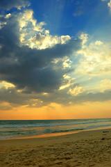 summer (thejasp) Tags: summer sky sun india beach colors clouds d50 sand nikon ray colours south gimp kerala varkala 1855mm dri   thejas layermask zuidindia  thejasp