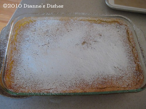 Gooey Lemon Bars: Sprinkled with Powdered Sugar
