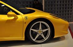 458 Italia (Biscuit in Pursuit) Tags: italy yellow closeup nikon italia side ferrari modena maranello emiliaromagna amarela 458 d90 triplelayer galleriaferrari nikond90 giallomodena ferrari458 458italia ferrari458italia giallomodenatriplostrato triplostrato