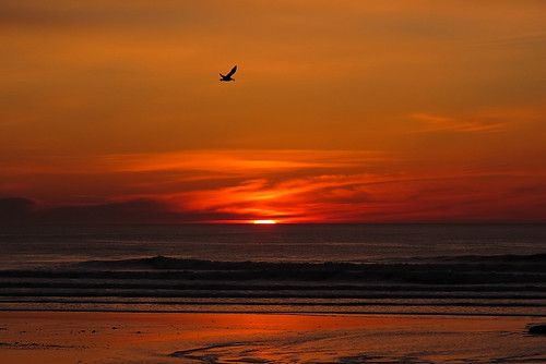 Sunrise at Long Sands Beach