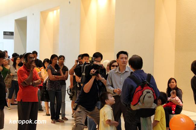Long queues...