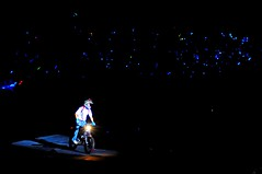 Motorcycle stunt, D.N.A. Mayday World Tour 2010 变形DNA五月天世界巡回演唱会