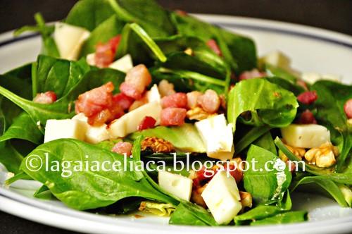 insalata pancetta e formaggio e noci