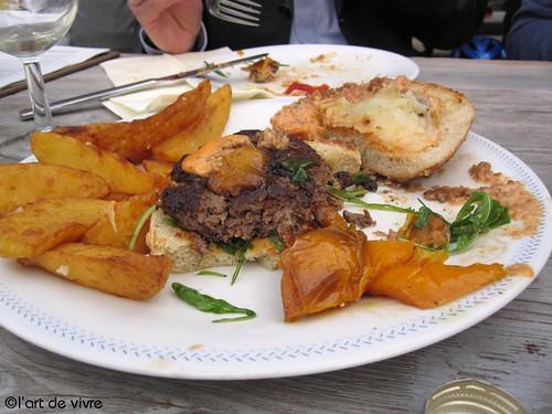 Bullerei Deli - Burger
