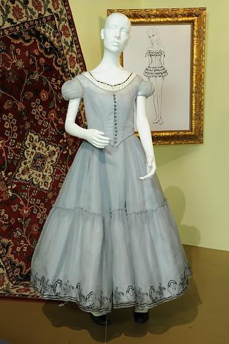 """Mia Wasikowska's """"Alice"""" costume"""