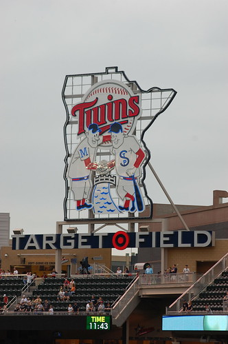 twins sign