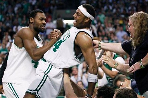 20100528-tony-allen-paul-pierce