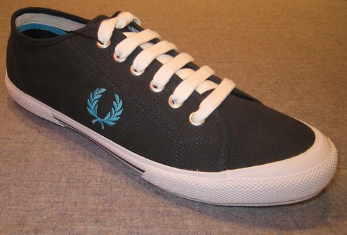 Fred Perry - B708 - Vintage Tennis Canvas Shoe - Navy Blue by  you.