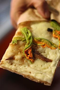 zucchini-blossom flatbread