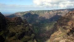 Kaua'i - Helicopter Tour: Waimea Canyon - Waialae Gorge (wallyg) Tags: hawaii canyon aerial helicopter kauai gorge waimeacanyon kauaicounty jackharterhelicopters waialaegorge