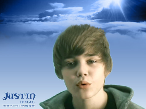 very cute justin bieber pictures. justin bieber kisses you