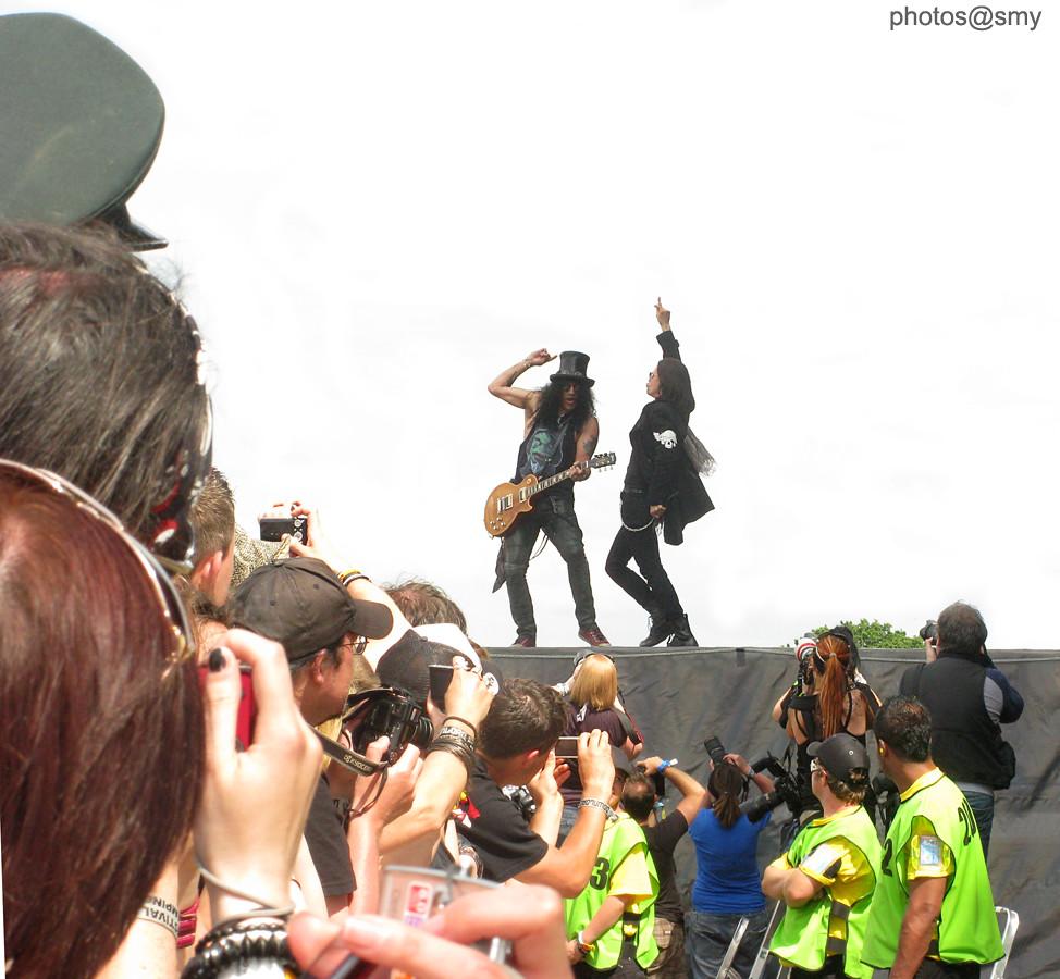 Slash & Myles Kennedy @ Download Festival 2010