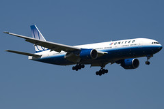 N794UA - 26953 - United Airlines - Boeing 777-222ER - 100617 - Heathrow - Steven Gray - IMG_4726