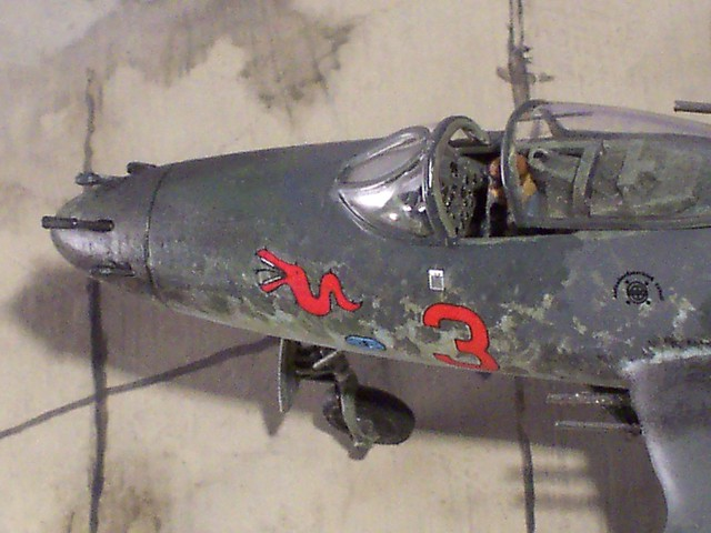 172 Luft 46 - quotRed 3quot Focke Wulf Fighter with BMW 803 engine (kitbashingscratch-built) - Detail by dizzyfugu