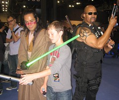 2010 NYCC: The Jedi and The Padwan (MorpheusBlade) Tags: tattoo costume cosplay muscle bald jedi lightsaber comicon sith bigapplecon daywalker nycomicon nycomiccon newyorkcomiccon newyorkcomicon stickyfingaz bladetheseries bladehouseofchthon newyorkjedi tvblade nycc2010